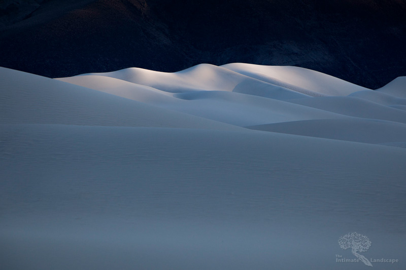 last_light_at_eureka_dunes.jpg
